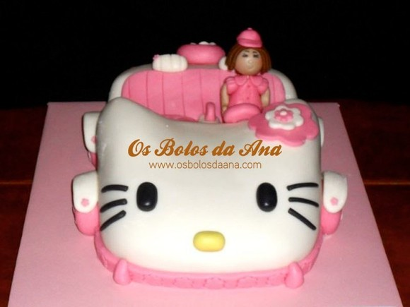 Bolo Carro Hello Kitty . Hello Kity Car Cake