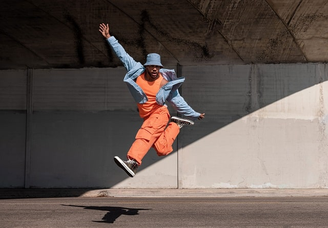 donte-colley-jumping-in-the-air