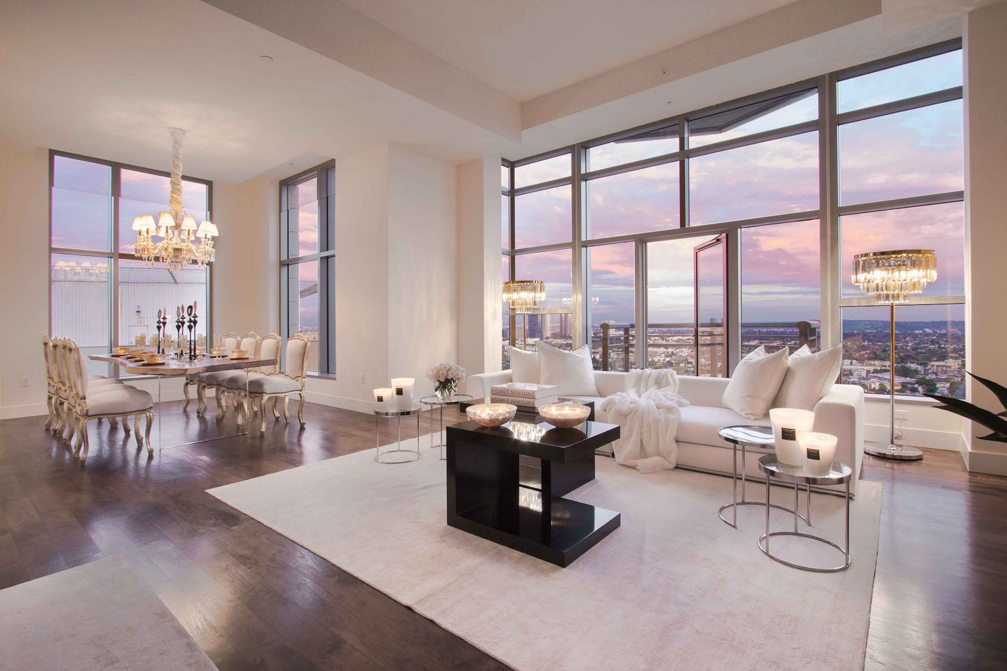 Luxury Penthouse In The Carlyle Residences By Premier