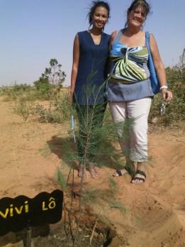 Andrea et Vivi ont planté leur arbre à AFRIKA MANDELA RANCH