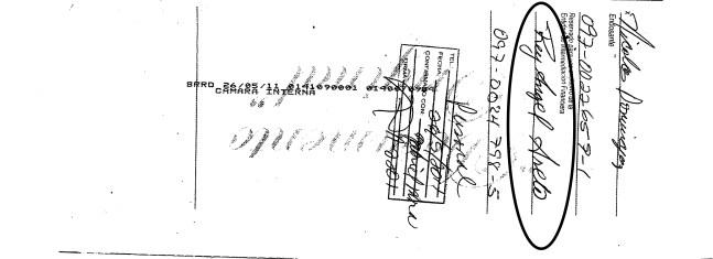 ese cheque tiene la firma alterada de Nicolas Dominguez, esta confirmado por Gabriel Mora y cambiado por Rey Angel Arvelo