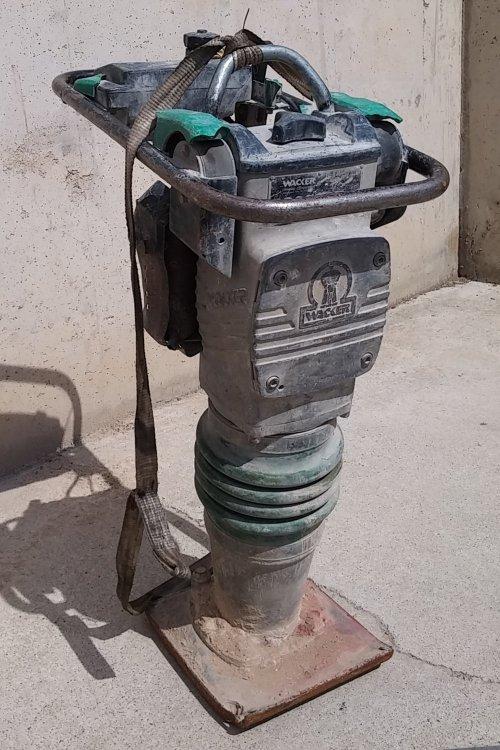 Compactador sòl WACKER BS600 d'ocasió a cabauoportunitats.com
