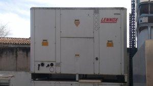 Aire condicionat industrial LENNOX KNCK 48 D d'ocasió a cabauoportunitats.com Balaguer - Lleida - Catalunya