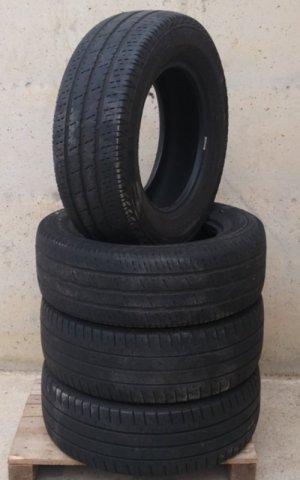Neumático carga 235 65 R16 de ocasión en cabauoportunitats.com