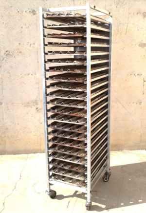 Carro inox 21 safates 60x40cm de segona mà a cabauoportunitats.com Balaguer - Lleida - Catalunya