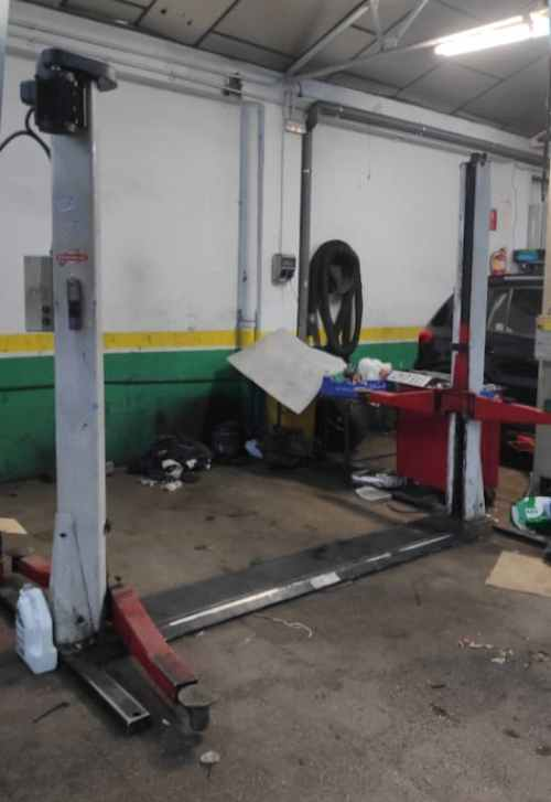 Elevador coches ISTOBAL de 3200kg de segunda mano en cabauoportunitats.com Balaguer - Lleida - Catalunya