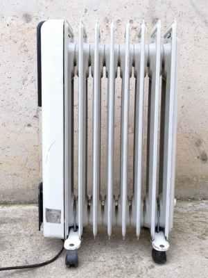 Radiador eléctrico de segunda mano en cabauoportunitats.com Balaguer - Lleida - Catalunya
