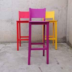 Taburetes de colores de segunda mano en cabauoportunitats.com Balaguer - Lleida - Catalunya