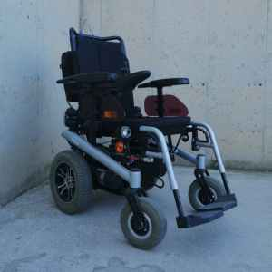 Cadira de rodes amb bateria BISHOFF & BISHOFF Terra d'ocasió en venda a cabauoportunitats.com Balaguer - Lleida - Catalunya