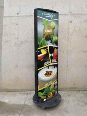 Rètol il·luminat de segona mà en venda a cabauoportunitats.com Balaguer - Lleida - Catalunya