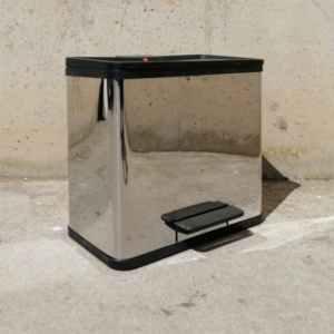 Cubell de reciclatge amb peu d'acer inoxidable nou a cabauoportunitats.com Balaguer - Lleida - Catalunya