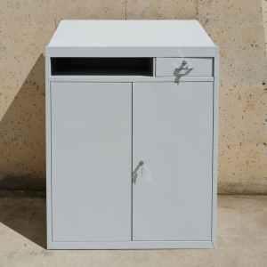 Armari metàl·lic amb escriptori nou en venda a cabauoportunitats.com Balaguer - Lleida - Catalunya