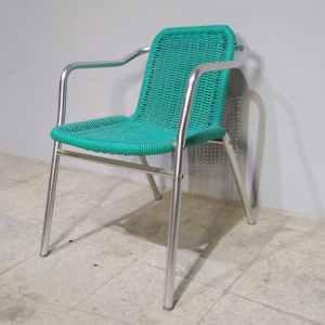 Cadira de terrassa d'alumini i plàstic nova en venda a cabauoportunitats.com Balaguer - Lleida - Catalunya