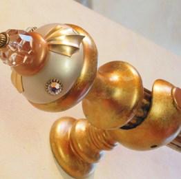 Susan Goldstick Finials J Tieback Birdie - Alabaster/Amber/Clear Bead