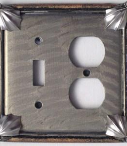 Susan Goldstick Decorative Outlets Cleo Toggle/Duplex - Deep Opal