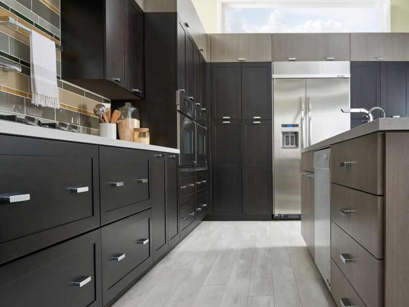 Ultracraft Cabinets In Nj For The Kitchen And Bathroom