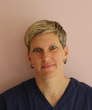 Dr Corinne Härdi