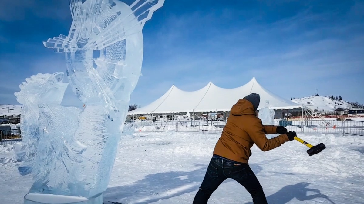 Long John Jamboree organizers defend smashing ice carvings