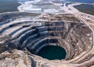 A file image of the NWT's Ekati diamond mine