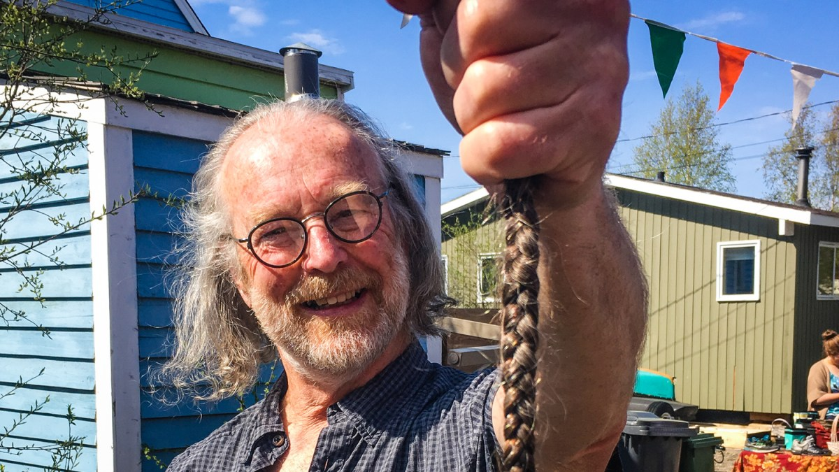 After 35 years, Yellowknife's Terry Woolf parts with pigtail