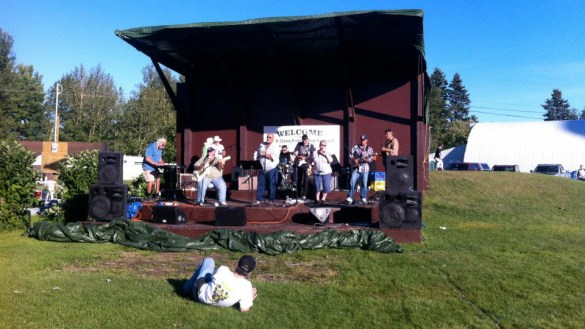 Musicians perform at Conibear Park in 2012. South Slave Friendship Festival/Facebook.