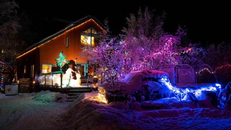 Yellowknife Christmas lights: An old truck on Lundquist Road