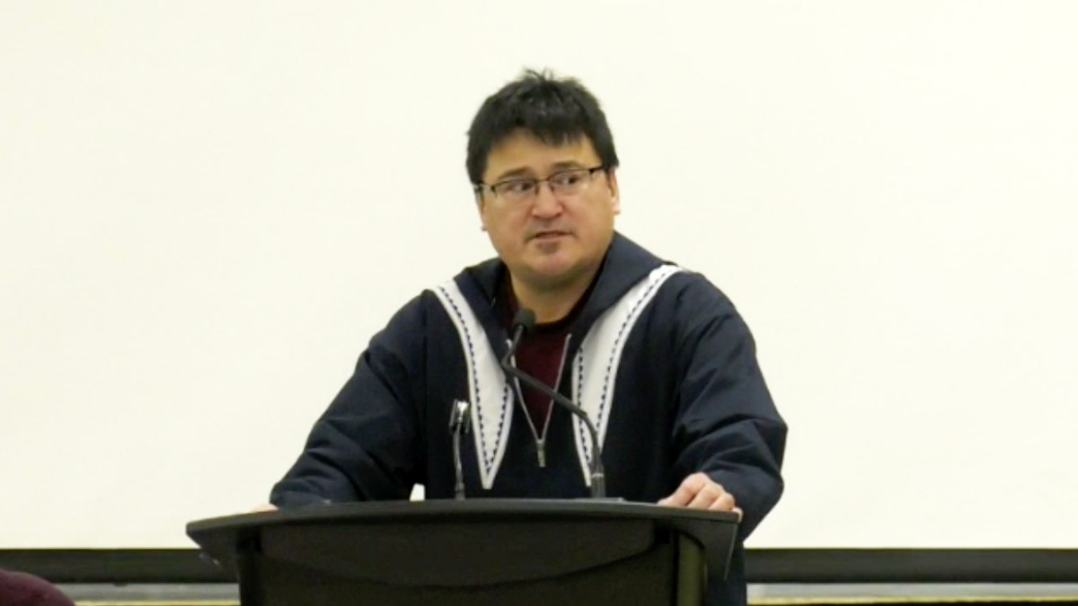 Duane Smith re-elected as IRC leader at Inuvik election