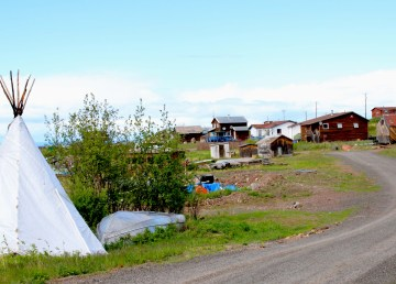 A file photo of Łutselk'e in June 2015. Sarah Pruys/Cabin Radio