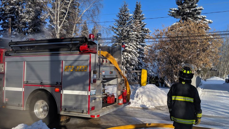 A fireman responds to a call in Fort Smith in February 2019. Sarah Pruys/Cabin Radio