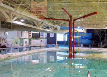 A file photo of the Hay River pool. Sarah Pruys/Cabin Radio