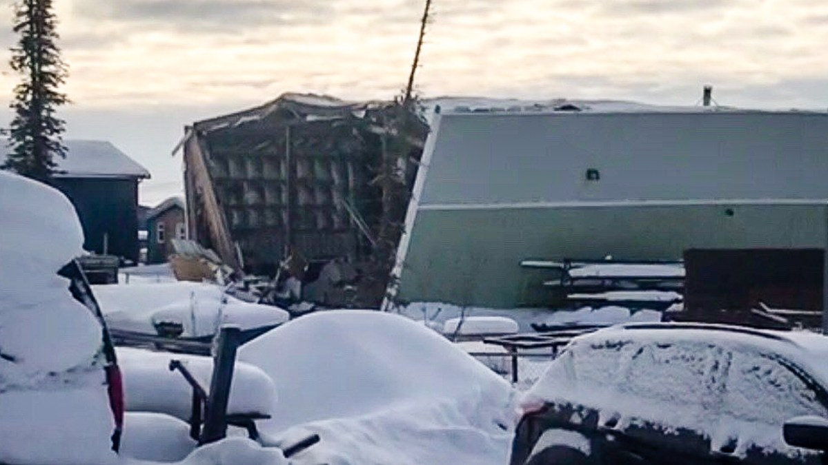 Welders walk away from Inuvik explosion unharmed
