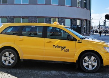 A file photo of a Yellowknife Cab in April 2019. Sarah Pruys/Cabin Radio