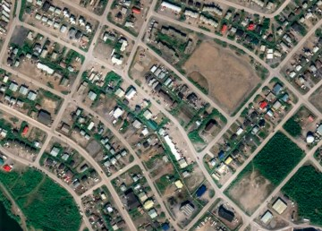 An aerial view of Inuvik's Bonnetplume Road