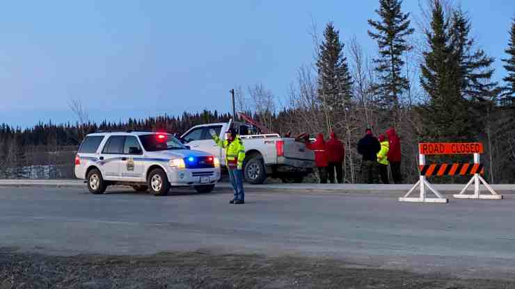 Officials help organize an evacuation in Hay River amid a flood threat on May 4, 2020