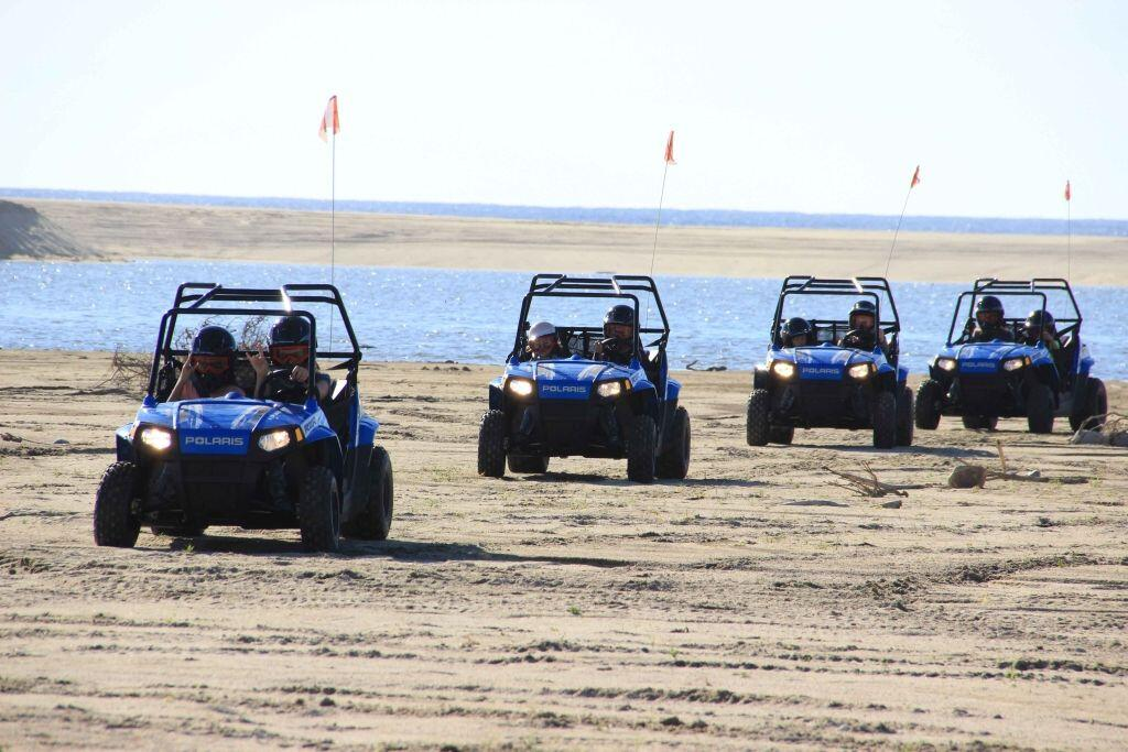kids-RZR-tour-beach