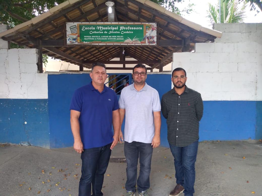 Comissão de Educação da Câmara de Cabo Frio vistoria Escola no bairro Monte Alegre