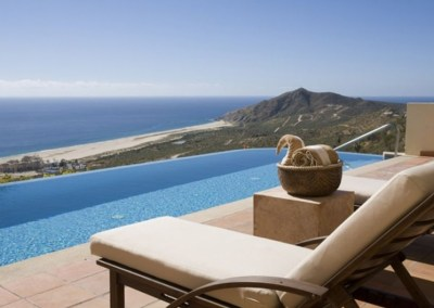 Infinity pool at Pueblo Bonito Montecristo Estates offers spectacular ocean views of the pacific ocean in cabo san lucas, overlooking quivira golf club