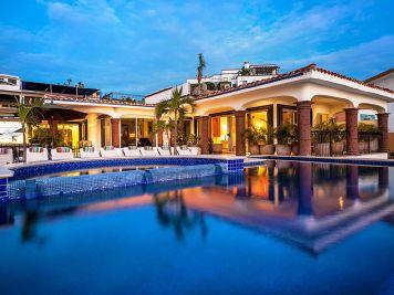 casa theodore in Pedregal los cabos luxury vacation villas cabo san lucas pool area