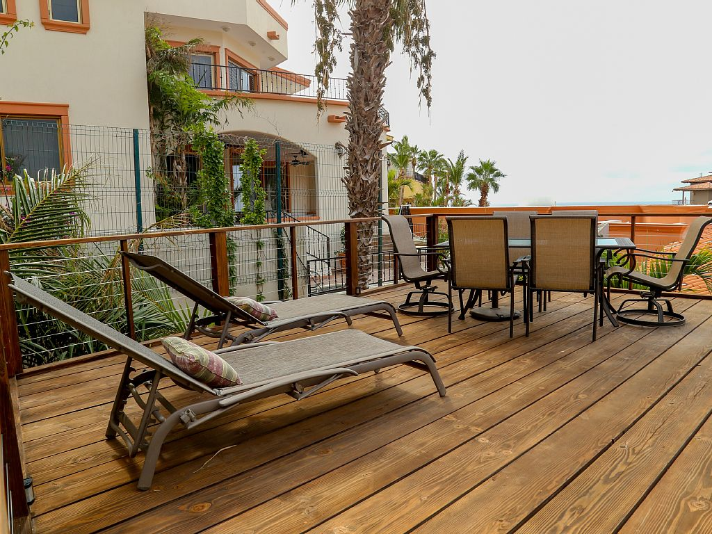 deck-area