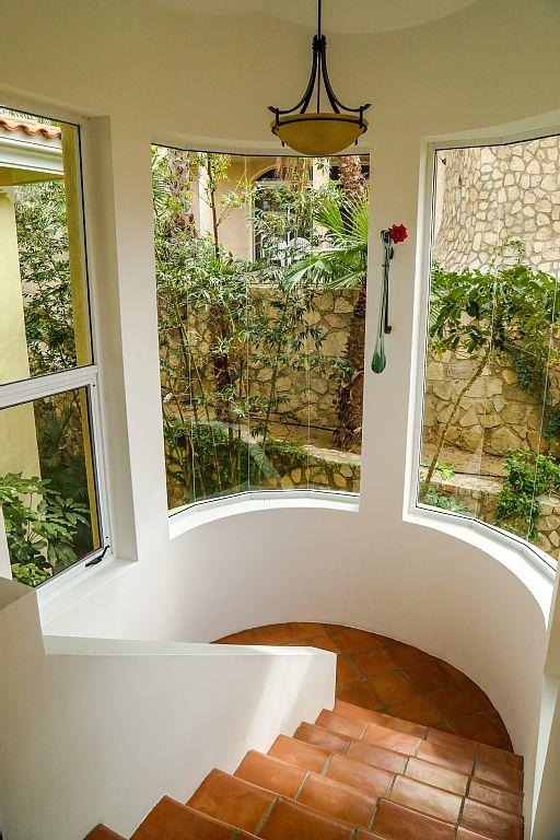 casa gran fiesta in Pedregal Los Cabos stairwell