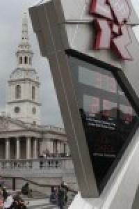 Countdown-Uhr auf dem Trafalgar Square für London 2012