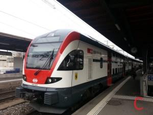 Durch die Zugkollision in Neuhausen gestört: Der Bahnverkehr im Raum Schaffhausen (Im Bild: Stadler KISS RABe 511 als RE Schaffhausen-Zürich HB in Zürich Oerlikon)