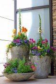 23.-Concrete-Spring-Flower-Pot-Display