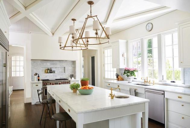 Kitchen Lighting Ideas - Shabby Chic Chandelier B - Cabritonyc.com