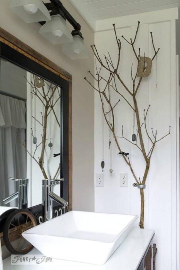 Farmhouse Bathroom Decor Ideas - Ladder Display and Bathroom Organizer - Cabritonyc.com