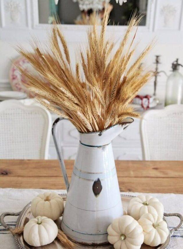 Farmhouse Kitchen Decor Design Ideas - Autumnal Centerpiece in Soothing Neutrals Color Palette - Cabritonyc.com