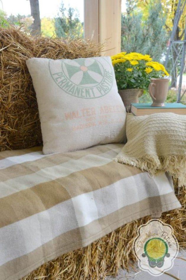Farmhouse Porch Decorating Ideas - Cozy Haystack Stuffed Porch Sofa & Natural Throw - Cabritonyc.com