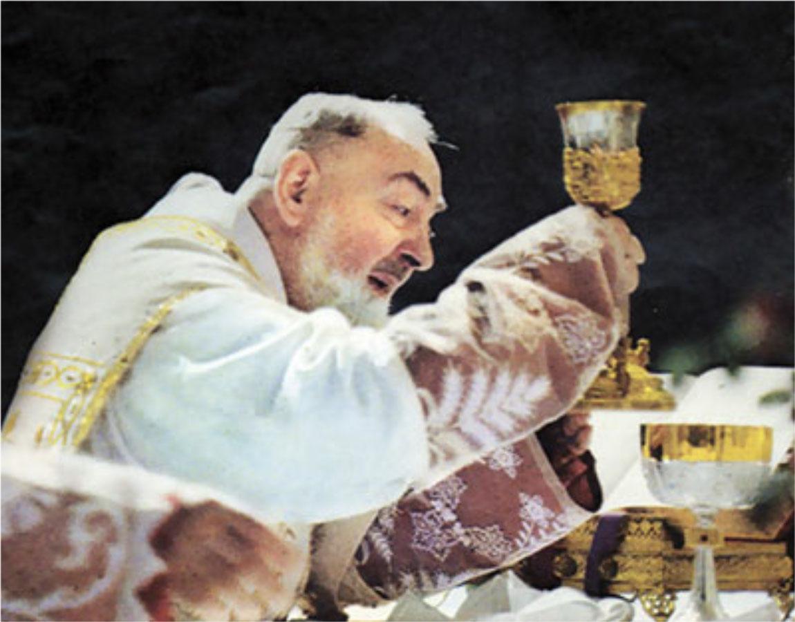 https://i2.wp.com/caccioppoli.com/%2714%20PP%203%20pics/Padre-Pio-07.jpg