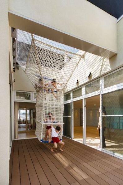 ob kindergarten+nursery_hibinosekkei+youji no shiro_nagasaki prefecture_japan