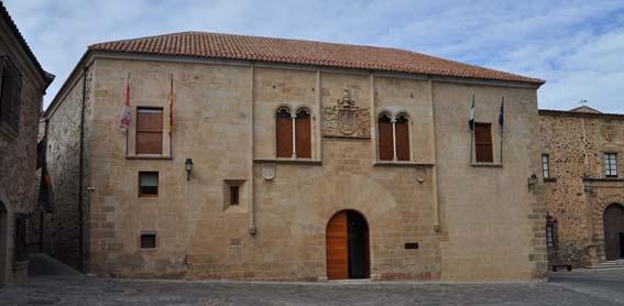 Palacio de Mayoralgo - Cáceres Histórica